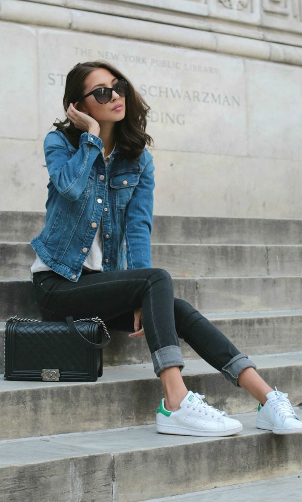 Felicia Akerstrom is wearing a blue denim jacket and black jeans from Zara, (the shoes are Adidas Stan Smith, the bag is from Chanel and the white shirt is from Uniqlo
