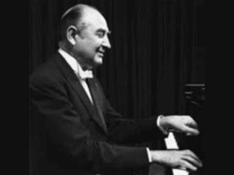 Nikita Magaloff plays J.Strauss Frühlingsstimmen