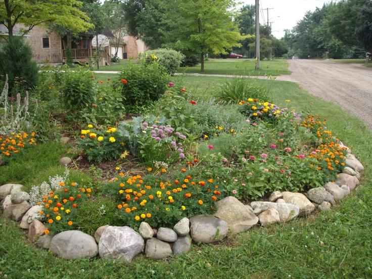 Best 25+ Rock garden borders ideas on Pinterest