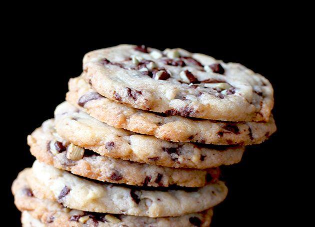Crispy Mint Chocolate Cookie Recipe & A Tornado Warning.