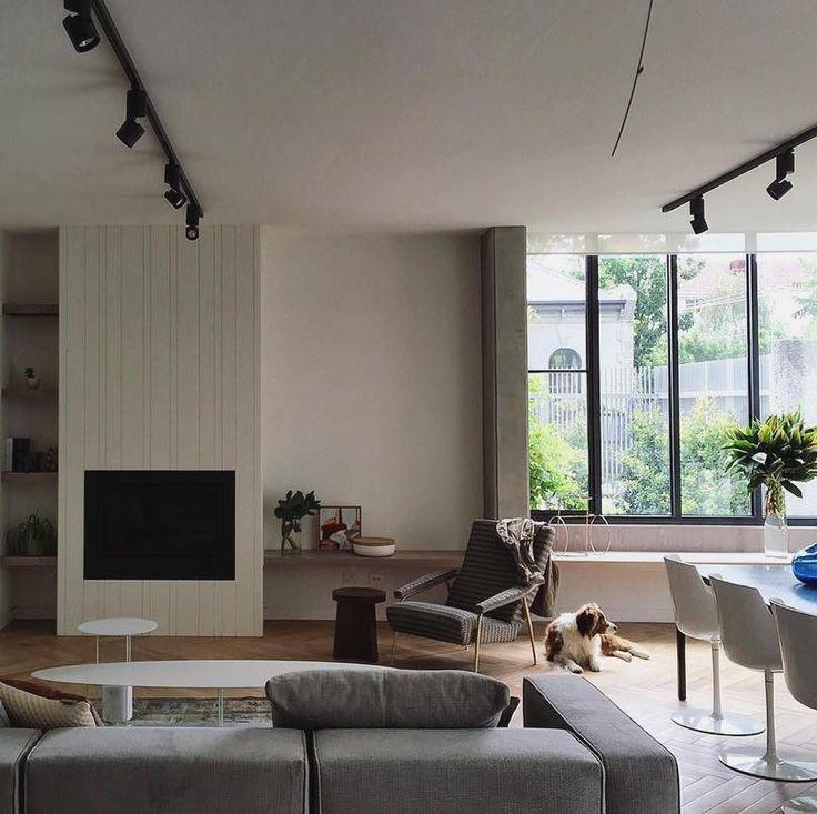 We love this sleek interior design featuring Heatmaster Enviro High Efficient Gas Fireplace. #instahome #melbournehomes #interiordesign #interior #interiordesigner