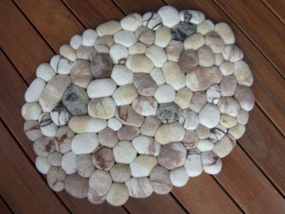 Felt stone rug / bath mat super soft with soft core by flussdesign - kallis mutta ihana