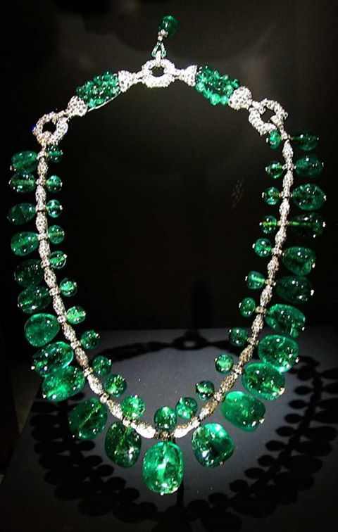 The Indian Emerald Necklace made with 24 Columbian gems. Jewels are set in platinum complimented with 100s of diamonds. Created in 1928-1929 by Cartier