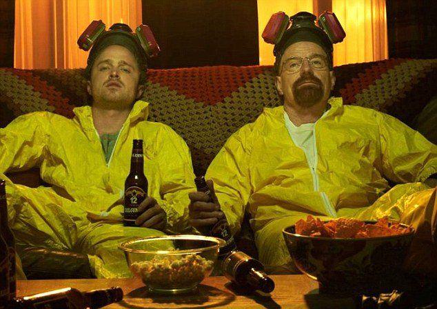 La metanfetamina azul existe, también Los Pollos Hermanos. Aquí puedes encontrar muchas cosas que no sabías de Breaking Bad.