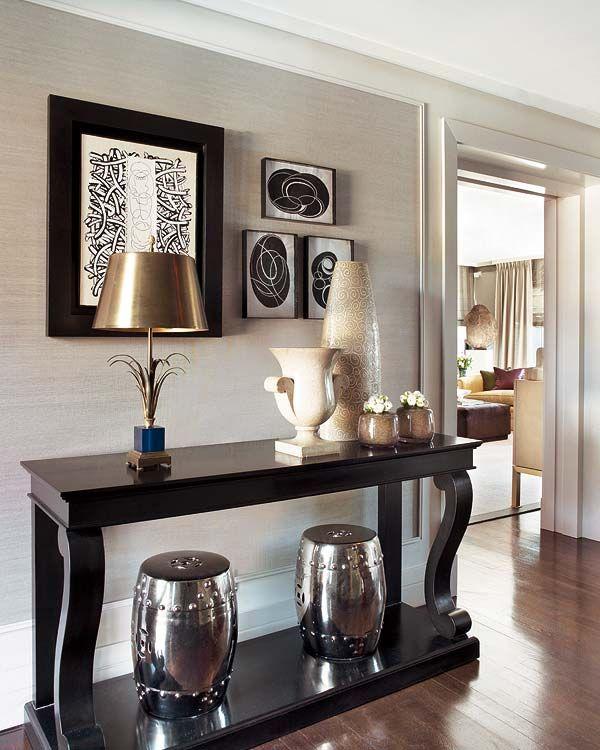 Mezclas Sorprendentes: Un Piso Decorado Con Acierto. Entryway IdeasHallway  IdeasHome Decor IdeasTable DecorationsConsole ...