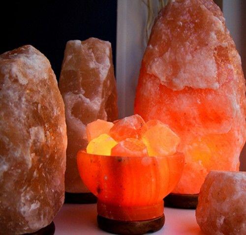 Perchè fanno così bene le lampade di sale? Per 6 motivi. Ecco come costruirsele in casa e come usarle nel modo migliore