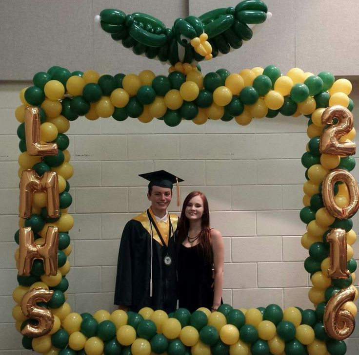 Balloon photo frame for graduation event with