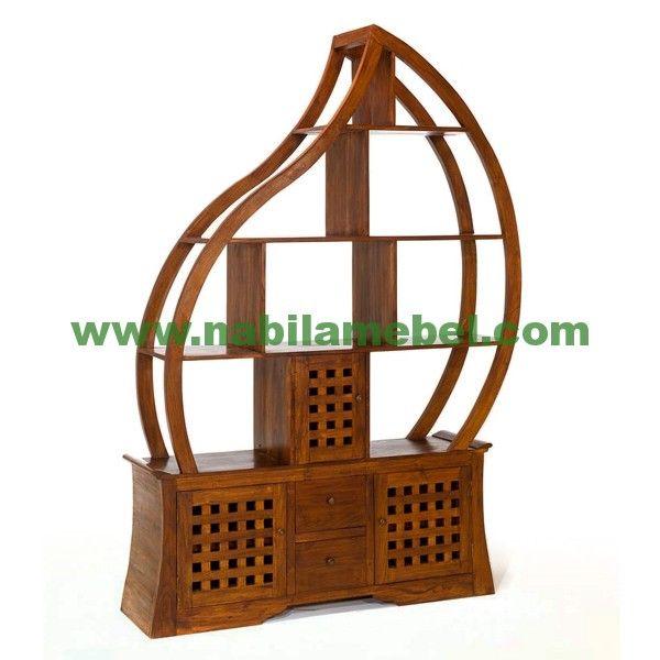 Rak Buku produk mebel jepara dengan bahan baku kayu jati pilihan serta diproduksi oleh pengrajin jepara berpengalaman.