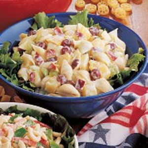 recipe: chicken macaroni salad with grapes [16]