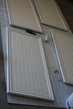 Beadboard Wallpaper (cabinets tutorial) You can use Beadboard Wallpaper to give your furniture, and ceillings some real Beadboard look, les inexpensive, and you can remove to replace it, but can also paint it.