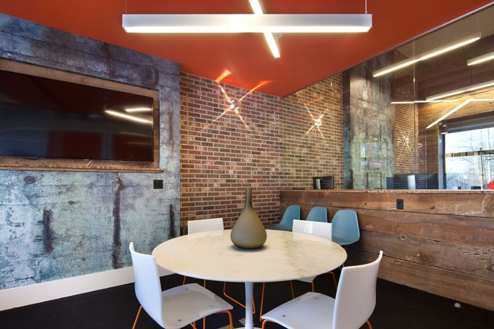 17 best images about huddle room inspiration on pinterest for Office design new york