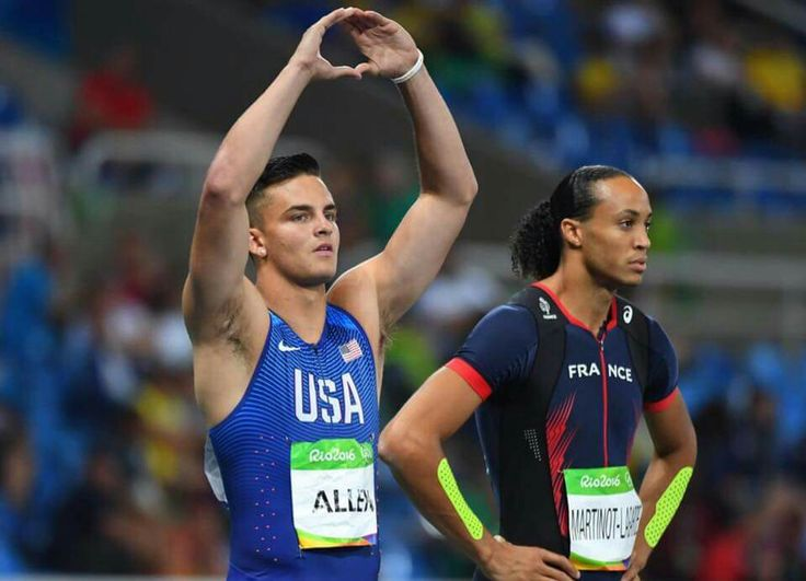 Devon Allen throwing up the O at Rio Olympics  8/16/2016