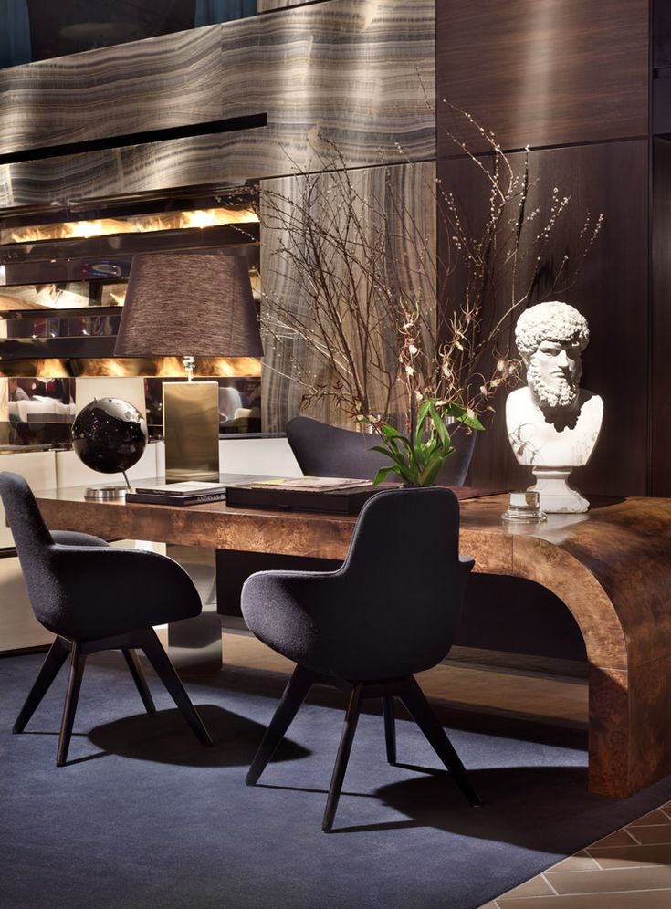 The Paramount Hotel, New York.. I love this table and the backdrop wall. s.s., I wld of done rolling leather deep brown chairs with grey base/leg