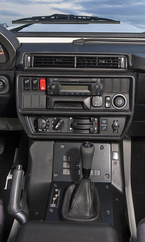 Best 25 mercedes g wagon interior ideas on pinterest for Mercedes benz clase g