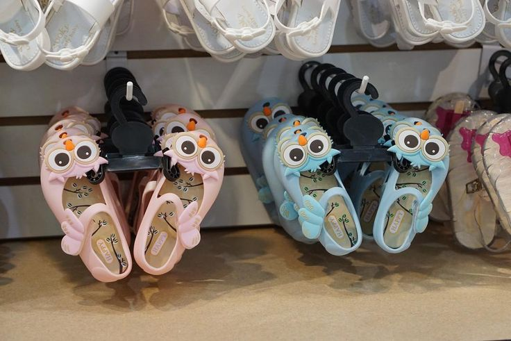 The cutest jelly shoes have arrived in Tampa! #ad Visit @myjellysandals.tampa - located at Westshore Mall!