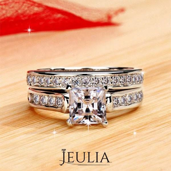 Exquisite 1.0ct Princess Cut 925 Sterling Silver Engagement Ring. #jeulia #bridalset #fashionjewelry