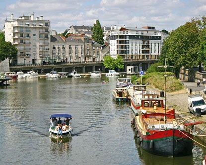Nantes, France. yes   ma  ville   de naissance,,,,,,jolie,,,,,,**+
