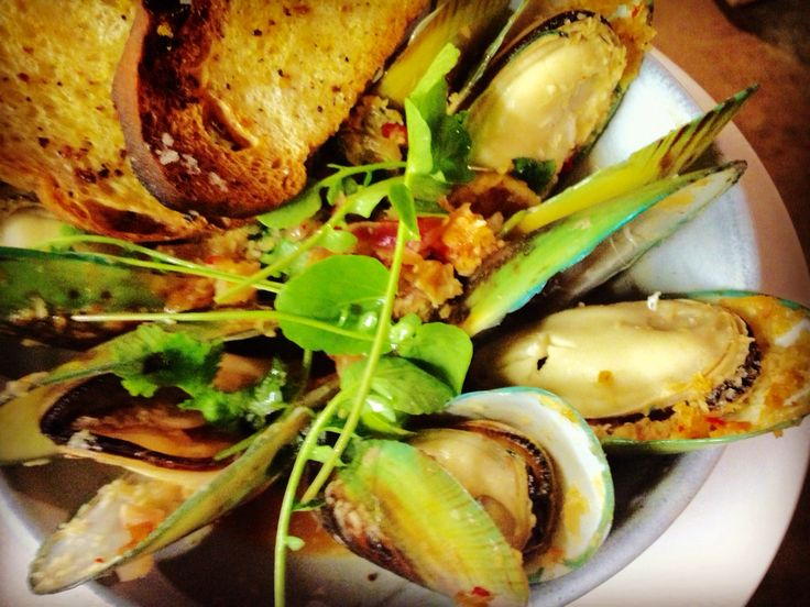 Green lipped mussels. New Zealand style.
