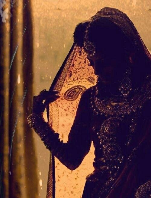 Love this bridal silhouette shot