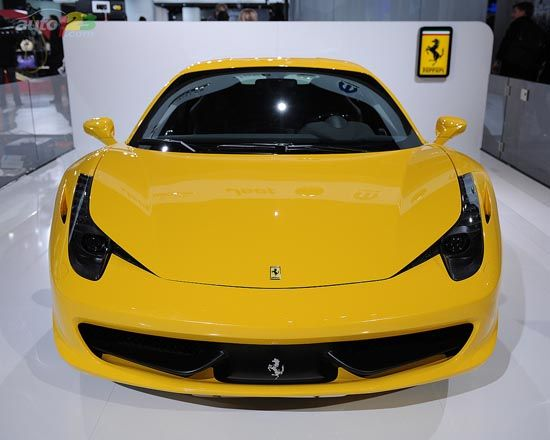 Ferrari – 2011 Detroit Autoshow wallpaper