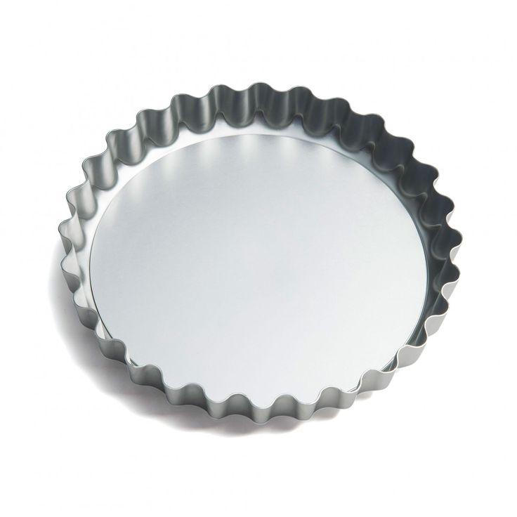 Deep Fluted Quiche Tin, 23cm - David Mellor Design #baking #tins