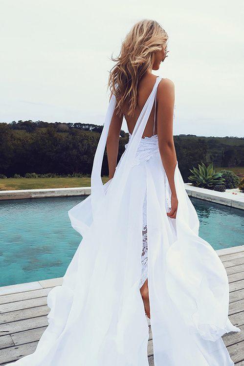 La robe de mariée The Hollie de Grace Loves Lace, la plus partagée sur Pinterest