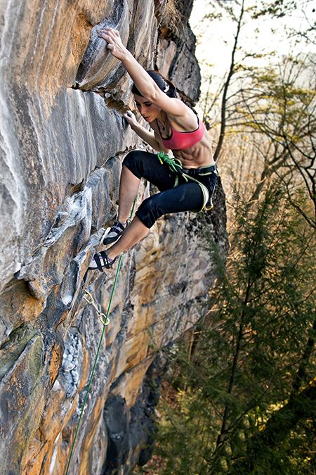 """gnar-boots: """" Rock and Ice photo contest winner Beka Hamilton and Cottonmouth (5.10a), New River Gorge, West Virginia. Photo Chris Nobel """""""