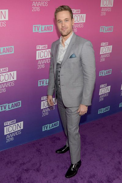 Dan Amboyer attends 2016 TV Land Icon Awards