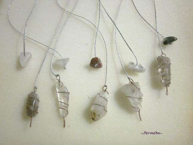 5 amazing rough pendulums made with quartzes and different stones to the finish.Pendulums are great tools to help us check, how our chakras move.They are perfect to help us heal and clean them. Pendulums help us to ask Spirits questions and find the answers.Pendulums also help us find out ,if there are any blocked negative energies to our bodies or to our space.