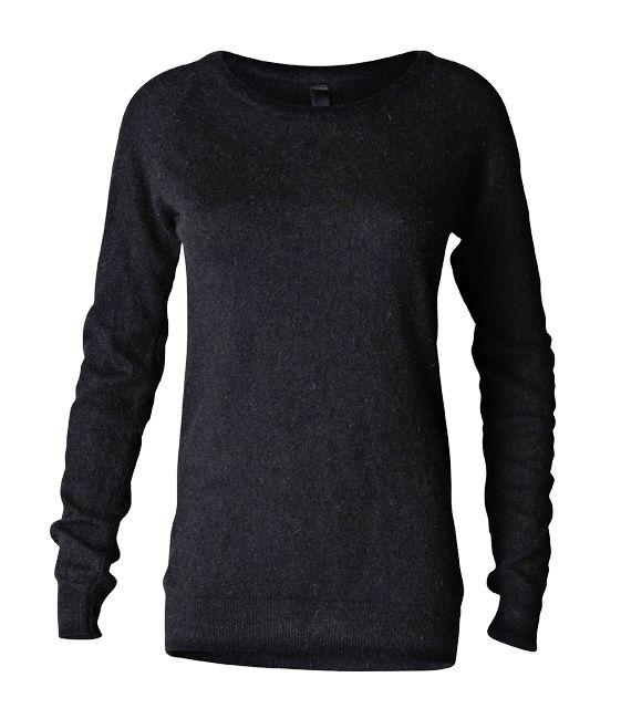 Elegant Erin - Black Angora Pullover - 70 % Angora / 30 % nylon