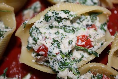 Stuffed Shells with Ricotta, Spinach, and Portobello Mushrooms | Two Peas & Their Pod