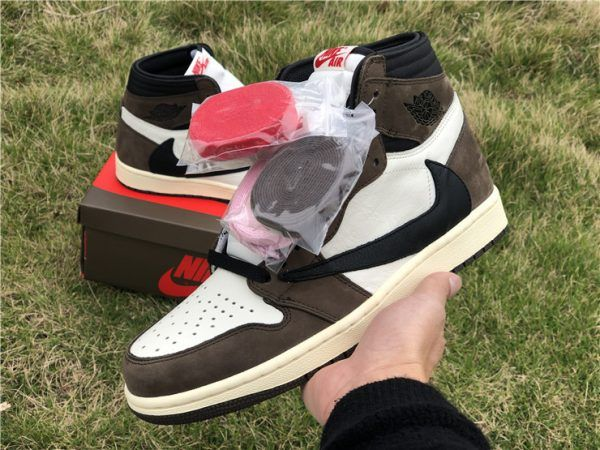 "2019 Travis Scott x Air Jordan 1 High OG TS SP ""Cactus Jack"" Online"