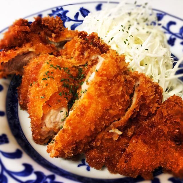 2月24日夕食メニュー ⚫︎チキンカツ ⚫︎シーザーサラダ ⚫︎ほうれん草のオニオンスープ - 9件のもぐもぐ - チキンカツ by 下宿hirota&メゾンhirota