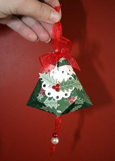 Papercraft German Christmas bell.