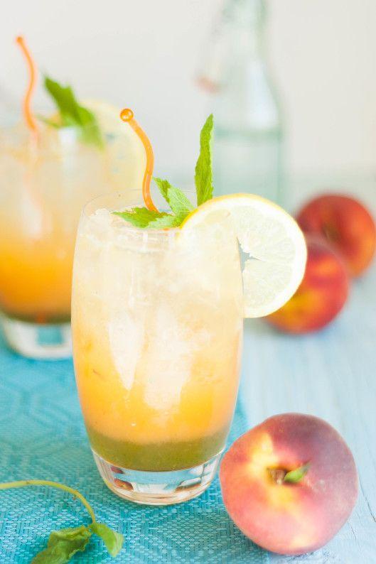 Sparkling Peachy Mint Lemonade | thekitchenmccabe.com