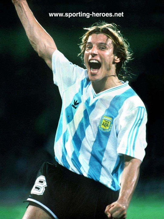 17 best ideas about Claudio Caniggia- sexiest soccer ...