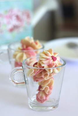CNY cookies- chinese blossom cookies