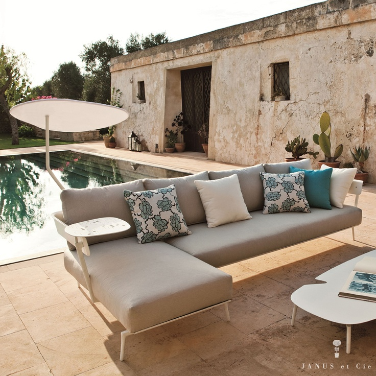 Rooms To Go Outdoor Furniture: Idea For L Shaped Daybed Made With Twin Beds And Pillows