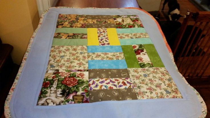 Cot quilt with cats 77 x 63 cm. ... $25