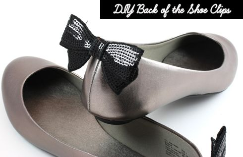 7. Party at the Back    Here we have another clip-on shoe makeover idea. I always find those ballet flats with bow-embellished backs very cute so I had to show you…: Diy Shoes, Add Bows, Pom Poms, Diy Fashion, Bow Shoes, Crafts Shoes, Shoe Clips, Shoe Makeovers