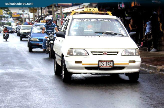 Ajuste de tarifa perjudica a cadetes de taxi en Estelí