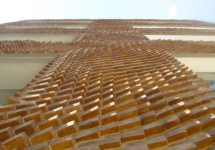 "Gallery of ""DIY For Architects"": This Parametric Brick Facade Was Built Using Traditional Craft Techniques - 2"