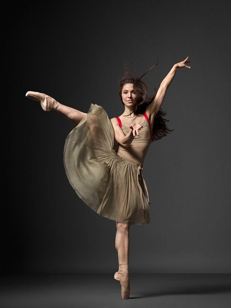 New York City Ballet, Ana Sophia Sheller (Photo: Henry Leutwyler)