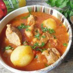 Gulas unguresc cu cartofi noi