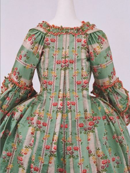 c.1770 Bunka Gakuen Costume Museum                           The most perfect pattern matching I have ever seen on a sack back.