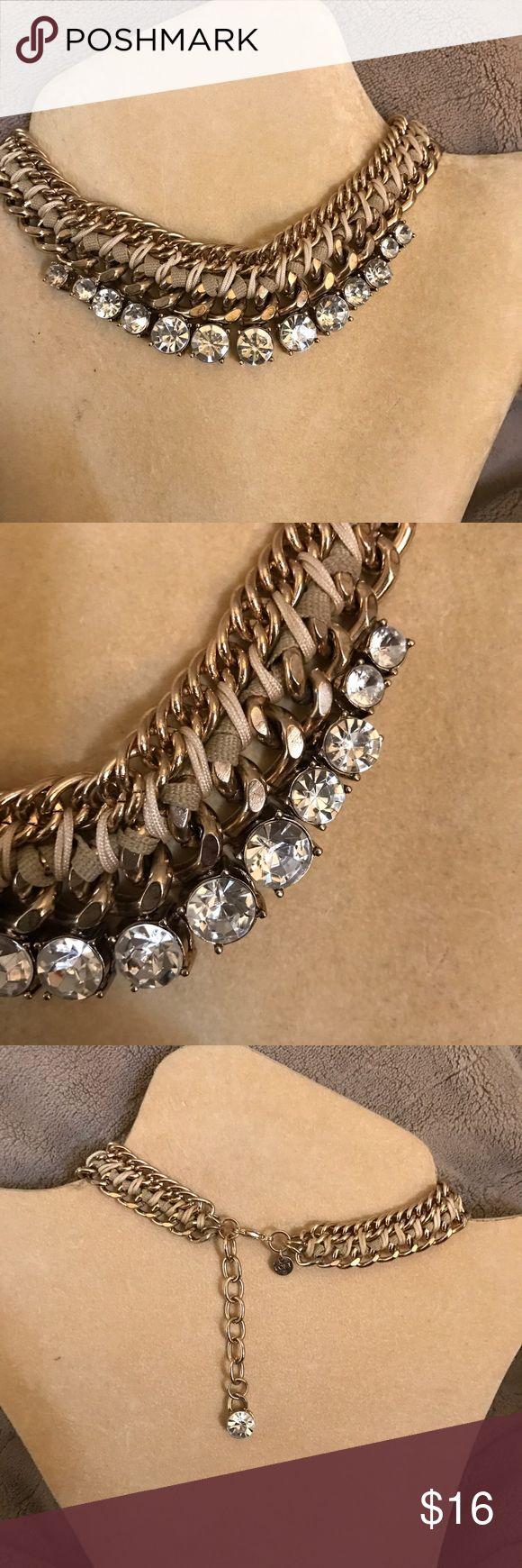 Loft chunky gold necklace Beautiful Loft chunky gold necklace LOFT Jewelry Necklaces