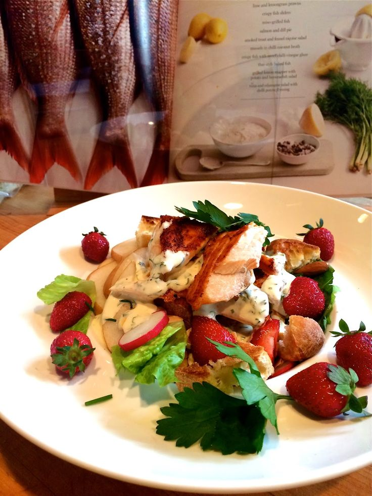 Madame Anne aux fourneaux: Salade de saumon grillé aux fraises