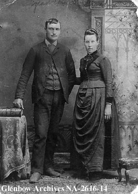 Wedding Photo, Homesteaders from Florann Alberta. Makes you rethink the Modern 30,000 dollar Wedding budget now doesn't it?
