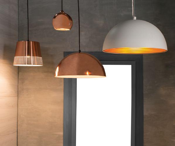 Ilumina tu invierno con la lámpara que más te guste. #Iluminación #Espacios #Interiores #EasyTienda #TiendaEasy www.easy.cl/easy/