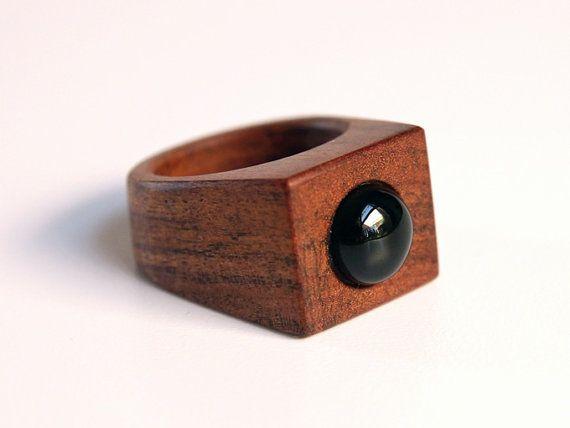 Anello in legno e onice nero /// Freya /// Anello pietra nera